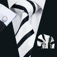gravatas brancas pretas dos homens venda por atacado-Black White Stripe Mens Gravata Bolso Quadrado Abotoaduras Set para Homens 8.5 cm de Largura Reunião Business Casual Partido Gravata Jacquard Tecido N-1135