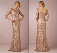 mother bride long gold dress achat en gros de-Long Sleeve Rose Gold Mère de la mariée Robes 2018 Bateau Neck Vintage Lace Sweep Train Formal Evening Party Wear BA0528