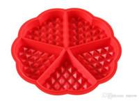 silicona en forma de corazón para hornear al por mayor-Molde de silicona Waffle Maker Rojo en forma de corazón Molde de silicona waffle Pastel de silicona para hornear a cuadros Herramientas para hornear antiadherente