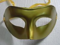 máscaras de mascarada al por mayor-Ventas calientes 20 UNIDS La máscara de la Navidad máscara de Venecia fiesta de disfraces suministros prom Máscaras de plástico Media Máscara