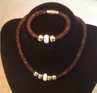 magnetische armbänder halsketten großhandel-Perlen Armbänder Halskette Schmuck Sets Neue Frauen Charms Kristall Armband Big Mesh Magnetische Verschluss European American Jewelry Set 5 Farben