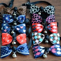 New Lovely ajustável 9 cores Plaid Leopard Print Bowknot Bell Cat Dog Colar Puppy Pet Collar Pet Supplies