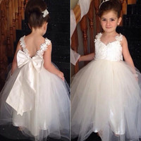 Wholesale Spaghetti Strap Flowergirl Dresses - 2015 Vintage Flowergirl Dresses A Line Flower Grils Dress Soft Tulle Formal Gowns with Sheer Straps Lace Appliques V Back Oversized Bow