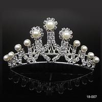 Wholesale bridal tiaras online - 18007 Cheap Crowns Popular Beautiful Hair Accessories Comb Crystals Rhinestone Bridal Wedding Party Tiara inch inch
