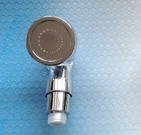 Wholesale Shower Head Water Filters - Retail hairsalon ABS Handheld Massaging Sprayer head salon shampoo bed Water Filter Removes Chlorine Toxins Ion barbershop SPA Shower Nozzle