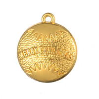 Wholesale Wholesale Merry Round Gift - 50pcs a lot Zinc Alloy For Christmas's Gift 18K Gold&Antique Silver Alphabet Merry Christmas Round Pendant Charms For Party&Gift