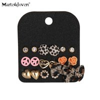 [MarteJoven] Retro Leopard Print Bowknot Round Heart Flower Peace 9 Pairs Mixed Stud Earring Set para Mulher Atacado