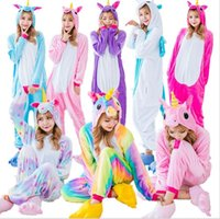 traje de mulher arco-íris venda por atacado-Atacado Rainbow Unicorn Pikachu Ponto Unisex Flanela Com Capuz Pijama Traje Cosplay Animal Onesies Pijamas Dos Homens Mulheres Adultos