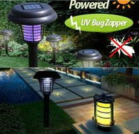 Purple LED Solar Mosquito Killer Light Outdoor utilisant le jardin Solar Light 2V 40mA Panneau solaire Solar Lawn Solar Lights