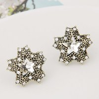 Trendy Brincos Vintage Stud Earrings pour les femmes Star One Direction Rhinestone Earrings Fashion Jewelry Retro Aretes De Mujer
