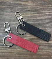 ingrosso anelli in lega di zinco-FancyFantasy New Business portachiavi in pelle rossa in lega di zinco portachiavi auto portachiavi a ferro di cavallo fibbia regali di lusso su misura