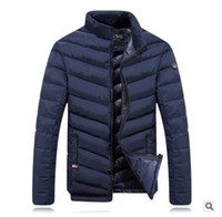 ingrosso giacca da piuma-Wholesale- Winter Down Jacket Men 2016 Nuovi uomini di marca Stand collare in piuma d'oca Cappotto di spessore Parka da uomo Giacca termica da uomo