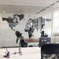 vinil arka plan çıkartması toptan satış-Yeni Siyah Dünya Haritası Duvar Sticker Ofis Arka Plan Duvar çıkartması Yaratıcı Çıkarılabilir Vinil Çıkartmaları Ev Dekorasyonu