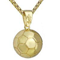 collar de los hombres colgantes al por mayor-Nuevo colgante de fútbol 3D Cadena de acero inoxidable Collar de bola para hombre deportivo Joyas de cobre Juegos de pelota Ventiladores Recuerdos Collar de fútbol