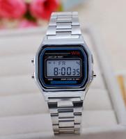 dijital saatli ışıklı toptan satış-Moda metal kordonlu saat LED elektronik masa izle Altın / gümüş dijital aydınlık saatler