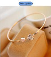 herz-manschetten-armbänder großhandel-Neue Frauen arbeiten Art-Legierungs-Gold- und Silber-Farbenrhinestone-Liebes-Herz-Armband-Stulpe-Armband-Schmucksachen um heißer Verkauf
