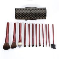 porte-gobelet brosse de maquillage 12 achat en gros de-Pro 12 Pcs Cosmétique Maquillage Pinceau Kit Maquillage Pinceaux Set avec Balck Coupe Titulaire Cas Visage Pinceau À Lèvres Maquiagem pour les Femmes