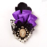 Wholesale Luxurious Palace - 2015 new arrival The original sole classic Luxurious palace restoring ancient ways the queen Small suit feather brooch brooches 5 color