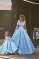 ingrosso palla vedere attraverso abito da promenade-Detto Mhamad 2016 primavera floreale Prom Dresses See Through scollo a V in rilievo blu Ball Gown Prom Party Dresses abiti da sera formale