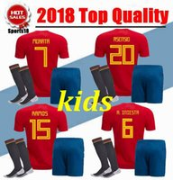 camisetas juveniles de españa al por mayor-2018 Kids España Jersey niño juvenil España kits RAMOS ISCO PIQUE INIESTA ASENSIO THIAGO MORATA camisetas de fútbol en casa + shorts + calcetines