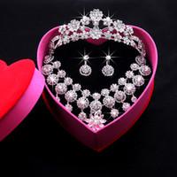 collier pageant de strass achat en gros de-Bijoux de mariage 2016 Shining New Cheap Sets strass bijoux de mariée accessoires cristaux collier et boucles d'oreilles pour la fête de bal des finissants
