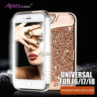 2018 New Case Universal para iPhone 6s 7 8 LED Iluminado Selfie Cell Phone Case Cover Light Up Luminous Lanterna diamante strass Casos