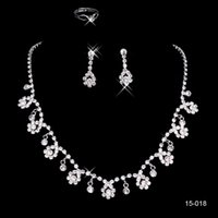 Wholesale Evening Cocktail Prom - luxury sparkly Jewelry Sets for Wedding Prom Evening Cocktail Bridal Accessories Shinning Cheap In Stock 2016 shipped within 2 days 15018