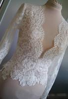 acessórios de vestido de noiva venda por atacado-Venda quente Do Laço Nupcial Wraps Marfim Ou Jaquetas Brancas Mangas Compridas Casaco De Noiva Para Vestidos de Casamento Transporte Rápido Acessórios Para Noivas