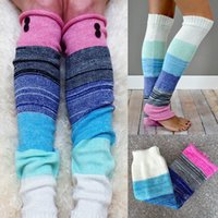 Venta al por mayor-Coloridas mujeres Girl Crochet tejidos invierno pierna calentadores Button Trim Boot Cuffs Toppers calcetines