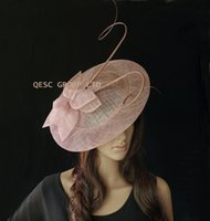 Ladies Heather Pink BIG saucer Sinamay Fascinator pour le mariage.