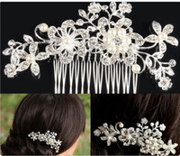 Wholesale Rhinestone Pearl Hair Piece - 2015 Charming Crystal Bridal Tiaras New Fashion Wedding Hair Pieces Pearl Headpieces Cheap In Stock Bridal Accessories Hair Combs
