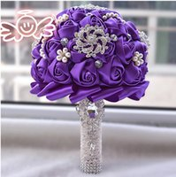 Brilhante Glitter Crystal Brooch Bridal Bouquets Artificial Handmade Rose Satin Flowers Bouquet Top Sale Wedding Fornecedores