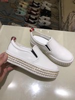 Wholesale High End Women Shoes - 2018 new women's shoes high-end fashion hand in fashion industry pearl jewelry apparel shoe luxury brand leisure shoes