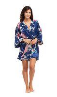 batas estilo kimono de mujer al por mayor-Janpanese Style Short Kimono para mujer Peacock Blossoms Silk Nightwear Albornoz 8 colores disponibles