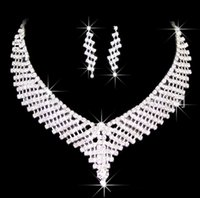 Wholesale African Jewelery - Necklaces set Jewelery Accessories Crystals Necklace and Earrings for Prom Pageant Party dress pearl sets bridalmaid jewelry set HT079