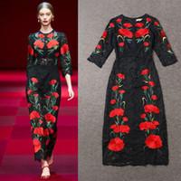 ingrosso fiore rosso pizzo nero-Top 2016 Hot Fashion Runway Dresses Stunning Black Lace Red Flower ricamo Charme abito da sera girocollo caviglia abito da ballo di promenade