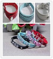 30% Mix 7colors 4sizes Croc Pu cuir personnalisé DIY Nom Charm Dog Pet Collar Pet Supplies (prix à l'exclusion des curseurs) 300pcs 522