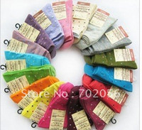 Wholesale Womens dot cotton socks pairs