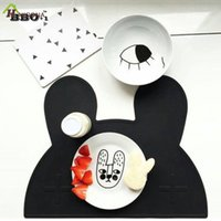 Atacado- HAKOONA 1pc Criativo Cute Bunny Rabbit Silicone Placemat Heat Resistant Mat Portable Pads 47.5 * 34cm