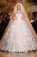Wholesale strapless sweetheart empire wedding dresses for sale - Group buy Zuhair Murad New Bridal Gowns A line Organza Luxury Sweetheart Strapless Flowers Wedding Dress With Sheer Back Button Bridal Gowns