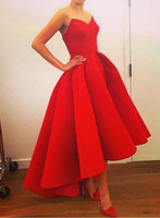 2016 Bright Red Sweetheart Hi Lo Prom Dresses Plus Size Satin indietro Zipper increspature splendida ragazza sexy del partito degli abiti di sera di alta Affordable Basso