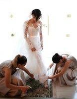 ingrosso camicette di nozze-Abiti da sposa bohemien della camicetta del merletto del Regno Unito con aperto indietro 2017 Sheer Neck manica lunga arabo Abiti da sposa staccabile Tulle Sweep Train
