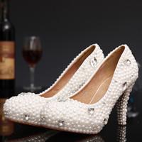 белый перламутровый ботинок оптовых-Новые элегантные свадебные туфли круглый носок горный хрусталь высокие каблуки свадебные платья обувь белый / слоновой кости жемчуг платье невесты пром насосы