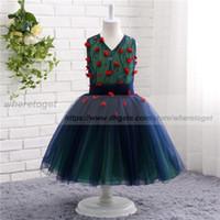 bola de chicas verde azul al por mayor-2019 azul marino y verde Emrald vestidos de comunión para niñas desfile de los vestidos de bola del cuello V vestido de niña de flores barato para la longitud del tobillo bodas