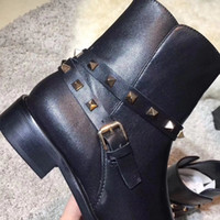 Top Sell Brand New Fashion Lous Botines de mujer, negro Genuine Leather Cross Buckle Ladies 'Short boots de invierno