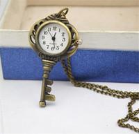 colar de relógio chave venda por atacado-Moda Única Jóias Vintage Wholsale Preto Antigo Cor de Ouro Chave Relógio de Bolso Colar de Pingente Com Corrente J014