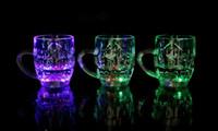 yanıp sönen içki gözlükleri toptan satış-Yüksek kaliteli LED gözlük, su bardağı, Yaratıcı kulübü KTV sıvı indüksiyon bira bardağı Renkli flaş içki bardağı