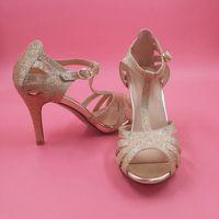 chaussures à talons achat en gros de-Chaussures de mariage de paillettes d'or chaton talon T-sangles boucle fermeture demoiselle d'honneur fille chaussures femmes sandales pour junior maid d'honneur chaussure sandale