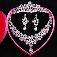 Wholesale Three Hearts Fashion Necklace - Free Shipping Fashion Newest Three-piece Bridal Accessories Tiaras Hair Necklace Earrings Accessories Bridal Wedding Jewelry Sets