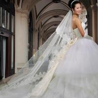 uzun tren düğün pejaları toptan satış-Resmi Sıcak Satış Zarif 1 Tier Süper Uzun 3 M Ucuz Beyaz Gelin Düğün Dantel Kenar Peçe Yeni Moda Katedrali Tren Gelin Veils